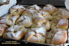 Reteta Branzoaice din categoria Dulciuri diverse My Favorite Food, Favorite Recipes, Romanian Food, Romanian Recipes, Sweet Pastries, Wedding Cookies, Pastry Cake, Cake Cookies, My Recipes