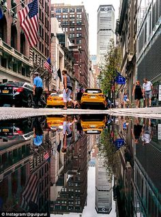 Guido Gutiérrez Ruiz - One of hundreds of New York streets is turned into something beautiful by peering at its reflected image