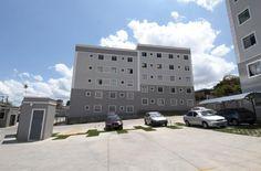 O Parque Delfos é um condomínio fechado de apartamentos entregue pela MRV em Belo Horizonte, Minas Gerais. Apartamentos de 2 quartos, cozinha, área de serviço, sala para dois ambientes, vaga de garagem e opção por cobertura duplex. Atendimento online 24h. Consulte valores e formas de financiamento. Por aqui, você poderá até agendar uma visita ao local. Acesse: http://imoveis.mrv.com.br/?fbx=1.