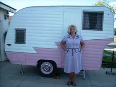 Blog:  The Vintage Housewife http://www.thevintagehousewife.blogspot.com/2008/08/this-kittens-trailer-ite-adventure.html