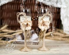 IVORY Rustic Chic Wedding glasses & cake server and knife with rope, lace, pearl handmade flower /ivory gray burlap, vintage inspiration Cowgirl Wedding, Wedding Cake Rustic, Ivory Wedding, Wedding Champagne, Rustic Cake, Vintage Wine Glasses, Wedding Wine Glasses, Champagne Glasses, Casual Wedding