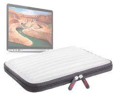 DURAGADGET Housse étui de transport protecteur gris clair en mousse à mémoire de forme pour ordinateur portable Apple MacBook Pro avec écran Retina 13 pouces / 13-inch / le nouveau MacBook Pro 13 pouces (2016) & MacBook Pro 13 pouces avec Touch Bar – Garantie 5 ans - https://streel.be/duragadget-housse-etui-de-transport-protecteur-gris-clair-en-mousse-a-memoire-de-forme-pour-ordinateur-portable-apple-macbook-pro-avec-ecran-retina-13-pouces-13-inch-le-nouveau-macbook-pro