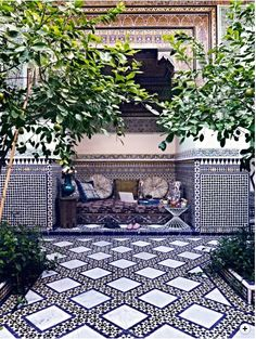 55 Awesome Morocco-Style Patio Designs : 55 Charming Morocco Style Patio Designs With White Black Wall Sofa Pillow Table Lamp Plant Decor And Ceramic Floor Outdoor Tiles, Outdoor Rooms, Outdoor Living, Outdoor Decor, Outdoor Patios, Outdoor Kitchens, Outdoor Lounge, Moroccan Tiles, Moroccan Decor