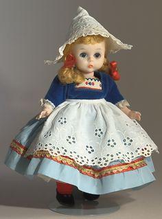 Madame Alexander Dolls - Dutch girl