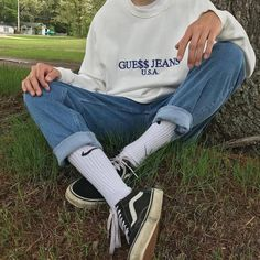 Guess jeans outfit ootd denim jeans vans nike socks sweater 2019 Guess jeans outfit ootd denim jeans vans nike socks sweater The post Guess jeans outfit ootd denim jeans vans nike socks sweater 2019 appeared first on Denim Diy. Mode Outfits, Retro Outfits, Grunge Outfits, Trendy Outfits, Vintage Outfits, Fashion Outfits, Fashion Trends, Vans Fashion, Style Fashion