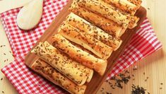 Tyčinky z lístkového cesta French Toast, Spaghetti, Bread, Breakfast, Food, Basket, Morning Coffee, Brot, Essen