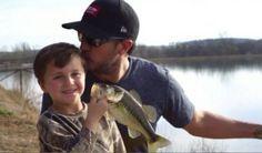 Luke Bryan & Son Tate - Huntin' Fishin' And Lovin' Every Day
