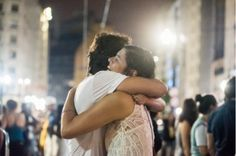 Mês do Amor: compartilhe seus beijos e abraços inesquecíveis