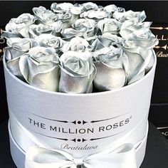 Million Roses, Flower Shadow Box, Flower Names, Flower Bomb, Grey Roses, Diy Slime, Rich Kids, Different Flowers, Lawn And Garden