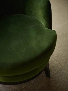 Velvet chair in moss green velvet Gran Hotel, At The Hotel, Green Velvet, Bilbao, Tub Chair, My Room, Color Inspiration, Accent Chairs, Ottoman