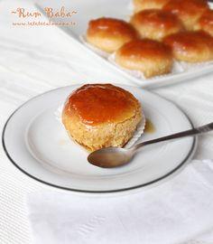 Rum Baba, prajitura de post, (am testat-o, e ft ok) Romanian Desserts, Romanian Food, Romanian Recipes, European Cuisine, Vegan Recipes, Vegan Food, Sweet Tooth, Bakery, Cheesecake