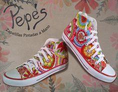 Pintamos Zapatillas a mano con el diseño que vos quieras modelo mandalas color