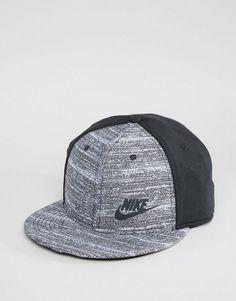 Nike | Nike TP Cap In Black 803718-010
