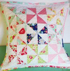 lovely little handmades: a scrumptious pinwheel pillow