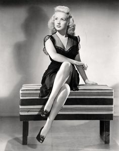 Bygone Beauties — The signs as Betty Grable looks Old Hollywood Glamour, Golden Age Of Hollywood, Vintage Hollywood, Hollywood Stars, Classic Hollywood, Old Film Stars, Movie Stars, Hooray For Hollywood, Lonely Heart