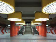 Bildband: Die Schönheit verlassener U-Bahnhöfe | Mobilitaet | ZEIT ONLINE