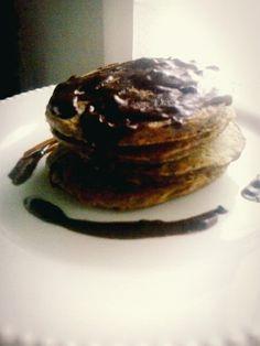 Oatmeal pancakes and cinnamon
