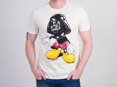 Camiseta Cavalera Mickey Darth na cor off-white - Akcesorium                                                                                                                                                                                 Mais