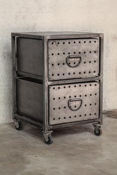 meuble industriel biblioth que acier et bois. Black Bedroom Furniture Sets. Home Design Ideas