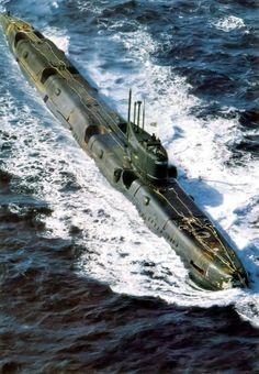 Echo-class nuclear submarine