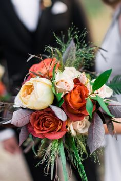 Photography : Carla Boecklin | Floral Design : Tulips And Thyme Read More on SMP: http://www.stylemepretty.com/utah-weddings/park-city/2016/01/18/park-city-destination-wedding-on-top-of-a-mountain/