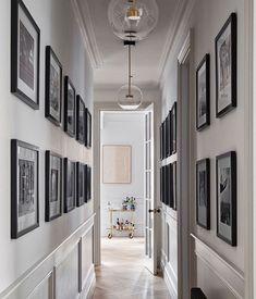 Modern Classic Interior, Hallway Designs, Hallway Ideas, Corridor Ideas, Flur Design, Corridor Design, Long Room, Appartement Design, Edwardian House