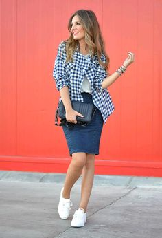 Look by @chicisimo with #sneakers #zara #summer #falda #zapatillas #tartan #skirts #tenis #cuadros #elegant #mezclilla #outfits #looks #tunics #moda #lindo #comodo #rockingsneakers #darkblueskirts.