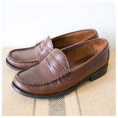Vintage Penny Loafers. Brown Leather Flats. Women's Shoes. 80s Sebago Preppy Shoes Size 6.5 - 7.