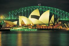 Harbour Bridge and Opera House in Sydney, Australia
