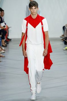 See the complete Lacoste Spring 2016 Ready-to-Wear collection.