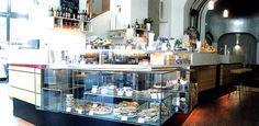 Cafes in Berlin – St Oberholz. Hg2Berlin.com.