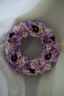 Kwiatowy wianek od Dziedzicka Dekoracje