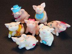 7 Rubber Piggy Figurines