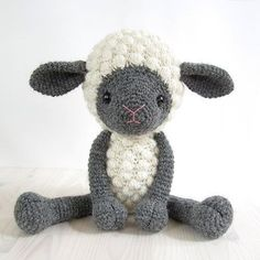 Cuddly sheep amigurumi crochet pattern by Kristi Tullus