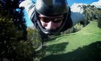 Mit der Richtigen Technik kann man auch waghalsige Dinge tun. Extreme Sports, Bicycle Helmet, We The People, Riding Helmets, Hats, Type, Youtube, Do Your Thing