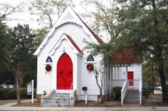 We pass this charming little church on the way to our gallery everyday...in Summerville, SC