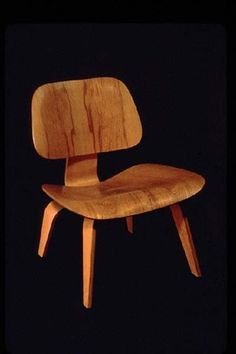 The 15 Things Charles and Ray Eames Teach Us is an excerpt from an essay by Keith Yamashita describing the simple brilliance of this duo. Design Your Life, Make Design, Charles Ray Eames, Global Design, Mid Century Modern Furniture, Beautiful Space, Retro Design, Interior Inspiration, Mid-century Modern