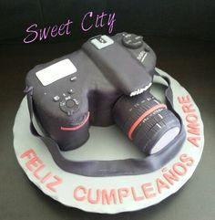 Nikon camara cake