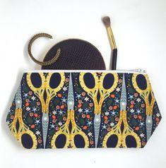 Scissors Cosmetic Bag Craft Bag Zipper Pouch Travel Bag