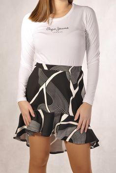 Sexy Women, Skirts, Fashion, Moda, Fashion Styles, Skirt, Fashion Illustrations, Gowns