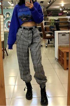 Plaid trousers, blue crop top outfits, plaid outfits, grunge fashion – la mode – - New Site Legging Outfits, Plaid Outfits, Crop Top Outfits, Edgy Outfits, Grunge Outfits, Mode Outfits, Grunge Fashion, Look Fashion, Korean Fashion