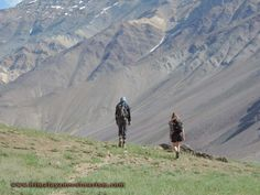 Trekking high the Himalayas Trekking, The Incredibles, Tours, Mountains, Landscape, Nature, Travel, Naturaleza, Viajes