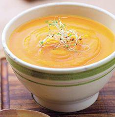 Supă-cremă de dovleac cu lapte - Retete culinare - Romanesti si din Bucataria internationala Supe, Gazpacho, Thai Red Curry, Healthy Recipes, Ethnic Recipes, Food, Essen, Healthy Eating Recipes, Meals