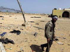 MUNDO LIVE NEWS NOTICIAS: Coalizão árabe bombardeia rebeldes iemenitas em Sa...