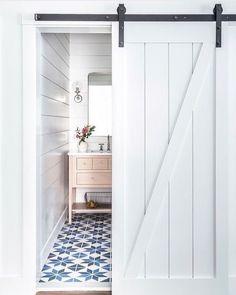 Prachtige witte Loftdeur <3