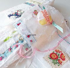 Embroidered Paper, Paper Design, Hand Stitching, Home Crafts, Paper Art, Textiles, Embroidery, Pretty, Diy