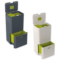 The Joseph Joseph IntelligentWaste Totem 60 Liter Trash Separation & Recycling Unit offers an all-in-one place for household waste. This unit comprises separate bins and filter for sorting and discarding garbage, food waste and recyclable items. Garbage Can Storage, Garbage Recycling, Recycling Bins, Trash Day, Kitchen Trash Cans, Kitchen Waste, Patio Furniture Covers, Joseph Joseph, Trash Bins