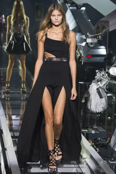 Philipp Plein Spring 2016 Ready-to-Wear Fashion Show - Kate Grigorieva