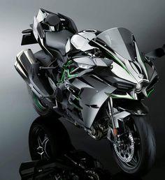 World's fastest motorcycle, the Kawasaki Ninja has and aerospace technology Kawasaki Ninja H2r, Kawasaki Bikes, Motorcycle Style, Motorcycle Design, Motorcycle News, Harley Davidson, Zx 10r, Sportbikes, Bugatti