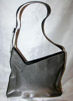 Kup mój przedmiot na #vintedpl http://www.vinted.pl/damskie-torby/torby-na-ramie/11991098-stalowo-czarna-torebka